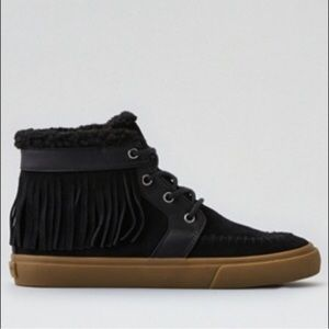 American Eagle Outfitte fringe moccasins sneakers